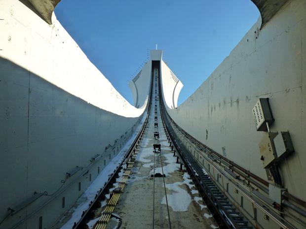 Tour du stade olympique