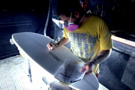 Sanded, la fabrication d'un surf