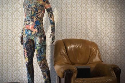 TITAN : imposante sculpture en papier