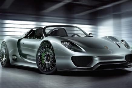 La ligne d'assemblage manuelle de la Porsche 918 Spyder